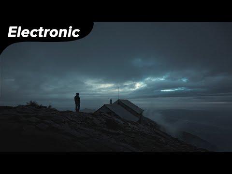 Nightcall - Lunar Lights (ft. Apollodor, Dreamhour)