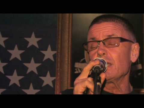 "Greg Carroll - ""Cryin' Time"" Live at teh Cool Spot Pattaya Thailand"