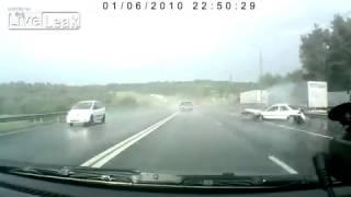 Car crashes hard into median barrier   Dashcam