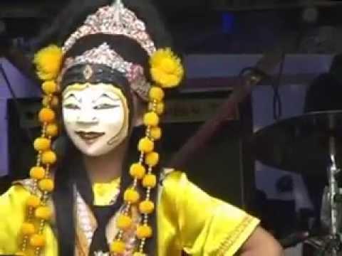 Nadillah Purwanti (Dena) Tari Topeng Samba - Sumber, Cirebon