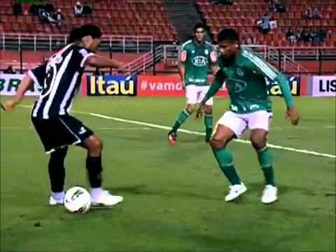 Download Ronaldinho new club 2012 shows his skills on his debut Atletico-MG