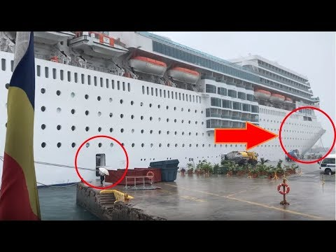Costa Cruise Ship drifts away from port