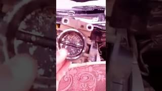 видео Промывка дроссельной заслонки Рено Меган 2