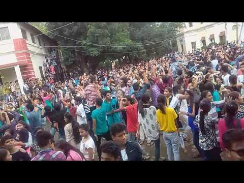 Garba dance of holkar college indore