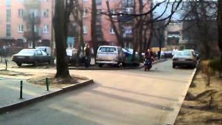 Путешествие по Калининграду часть 7(Вот так местные пацаны работают в калининграде )))), 2012-03-18T14:12:39.000Z)