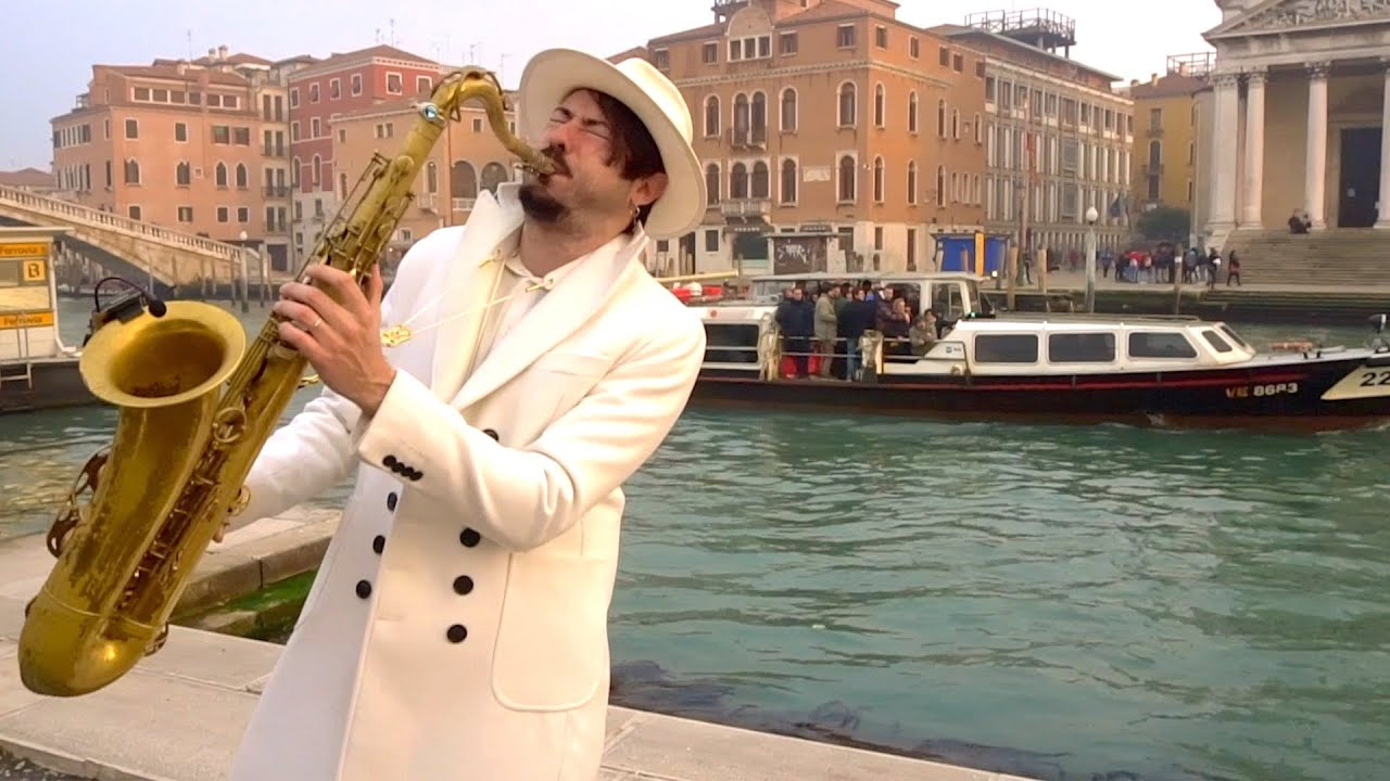 """A Thousand Years"" -  STREET SAX PERFORMANCE"