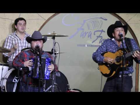 Juan P. Moreno & Mico Juan Villarreal JR  Regalo Caro @El Fara Fara.