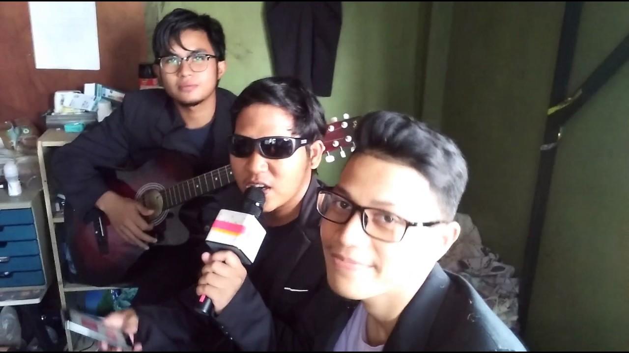 Cover lagu aishah projector band daripada 3 idiot band for Floor 88 zalikha