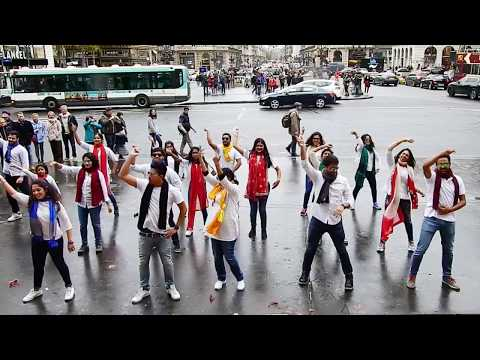 "Flashmob at Trocadéro & Opera - PARIS 2017 - ""Cricket For Olympics 2024"""