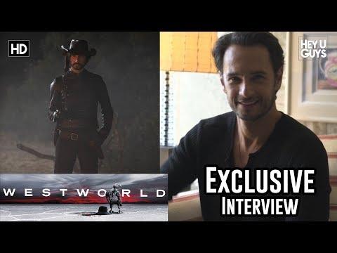 Westworld Season 2 Exclusive  : Rodrigo Santoro on his character's new narrative