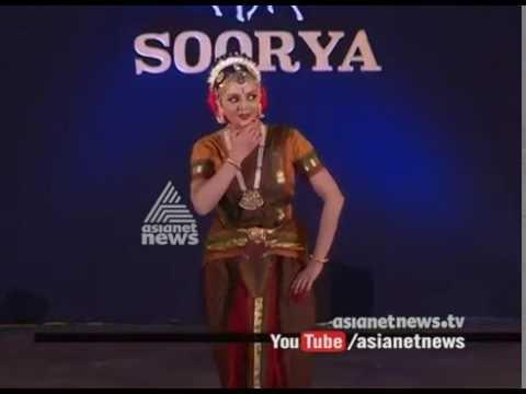 Manju Warrier Dance Performance at Soorya Festival 2016