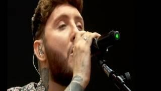 James Arthur Sings emotional safe inside on the main stage Big Weekend 2017