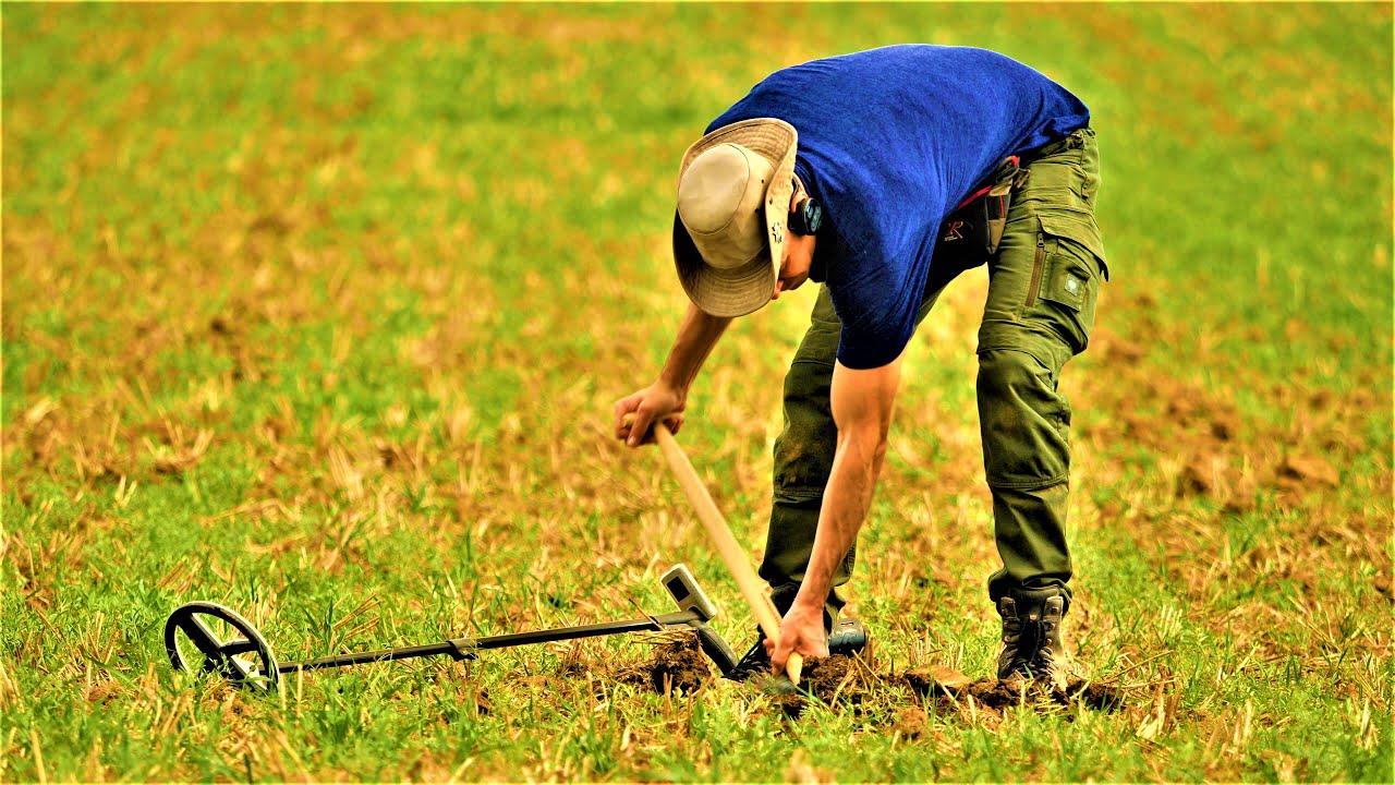 Metal Detecting! Digging a heavy little Roman treasure! Metal Detecting Germany Nr.176