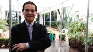 Divaldo Pereira Franco: Empty Lives