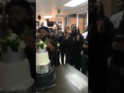 Cassper nyovest sing along to Akas song at pearls birthday celebration