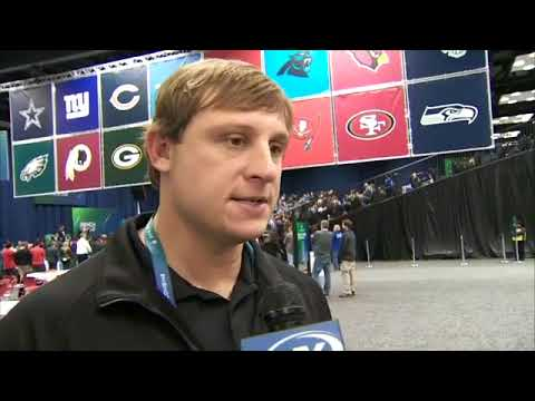 Chad Pennington: Jets should sign Josh McCown and draft a new QB
