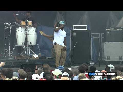 "The Roots perform ""Get Busy"" at Gathering of the Vibes Music Festival 2013"