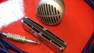 How to hold a harmonica microphone - blues harmonica lesson