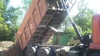 Доставляем и выгружаем песок на объект Белоостров(, 2014-06-01T20:12:25.000Z)