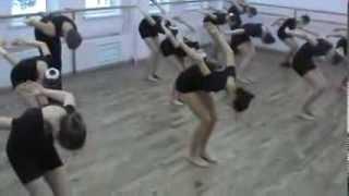 Разогрев модерн-танец