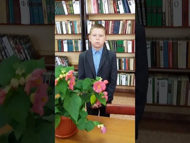 Изображение предпросмотра прочтения – АнтонСолдатов читает произведение «Бородино» М.Ю.Лермонтова
