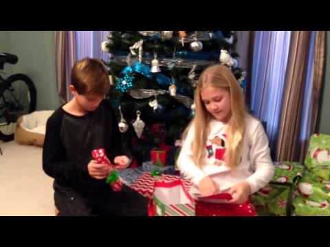 CHRISTMAS MORNING SPECIAL 2015~OPENING PRESENTS PART 1