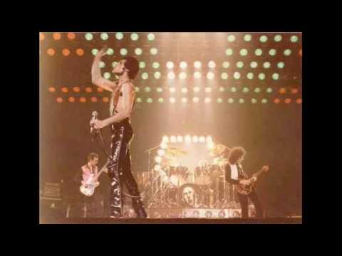 18. Brighton Rock/Solo Section-2 (Queen-Live In Montreal: 12/1/1978)