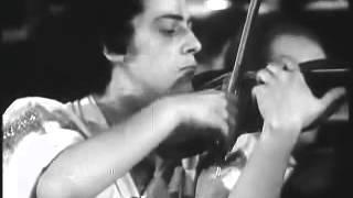 Ginette Neveu toca Chausson Poème
