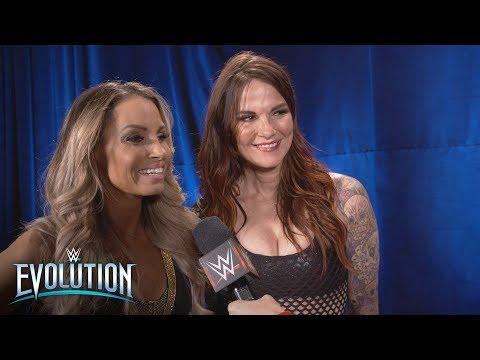 The secret to Trish Stratus and Lita's winning teamwork: WWE Exclusive, Oct. 28, 2018