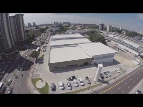 Land Rover e Mercedes Manaus
