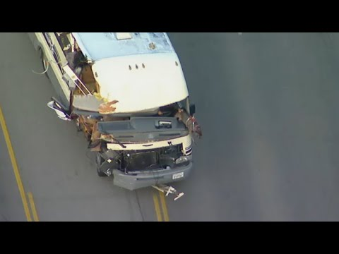 Ashley King - RV rams into everything in it's path on crazy high speed chase