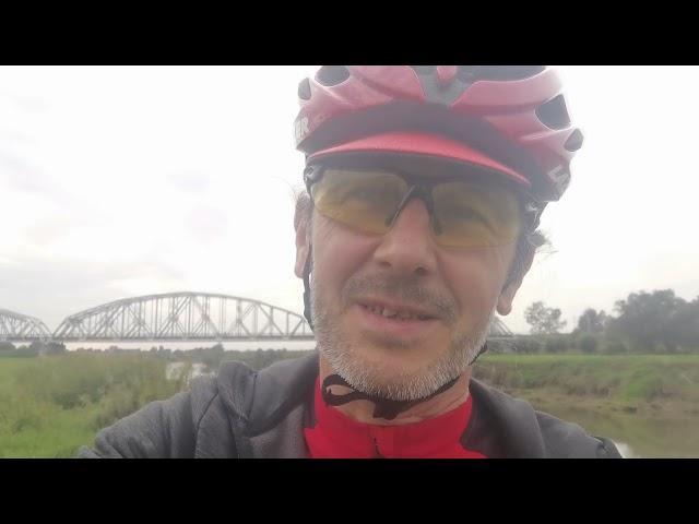 Jak pokonywać długie trasy na rowerze?