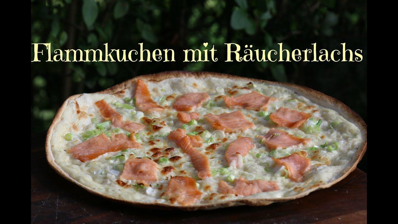 Flammkuchen Weber Holzkohlegrill : Flammkuchen mit räucherlachs vom grill youtube