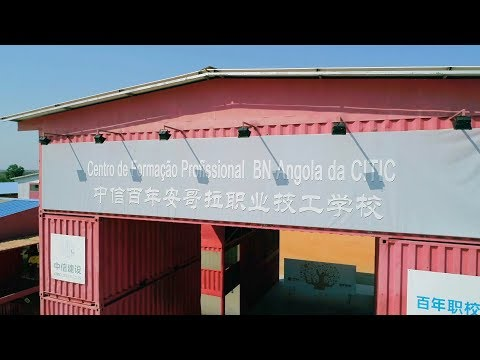 Angolan school turns shipping containers into classrooms