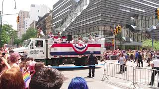 Pride 2018 Parade - New York City - Quick look at crowd 14th & 5th NYCNY UNEDITED Real Sounds