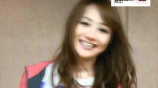 東京オートサロン2011イメージガールのA-CLASSの葵ゆりかさんです。