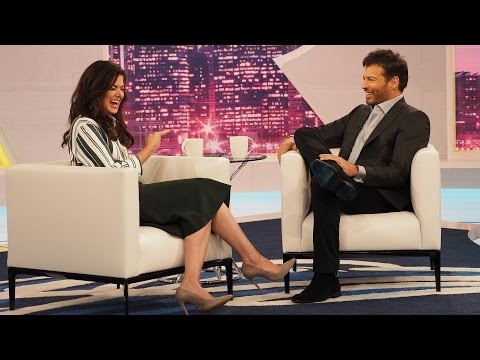 Harry Connick Jr Reveals His Best On-Screen Kiss!