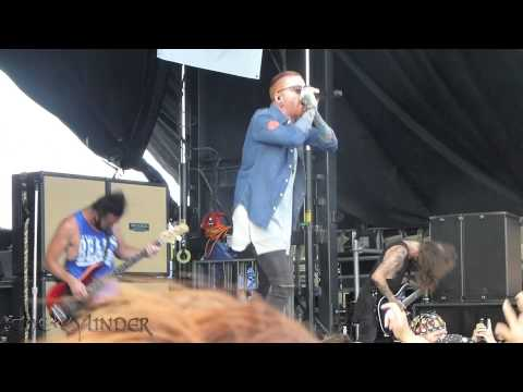 Memphis May Fire - Beneath the Skin - Live 6-28-15 Vans Warped Tour
