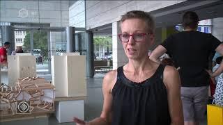 Kult'30 – az értékes félóra: A debreceni Modemben új kiállítás nyílt – A téma az utcán hever címmel