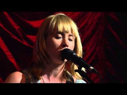 Wye Oak - Glory (Live on KEXP)