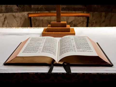 Resultado de imagen de imagenes de la biblia catolica