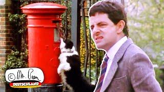Mr. Bean steckt im Briefkasten fest