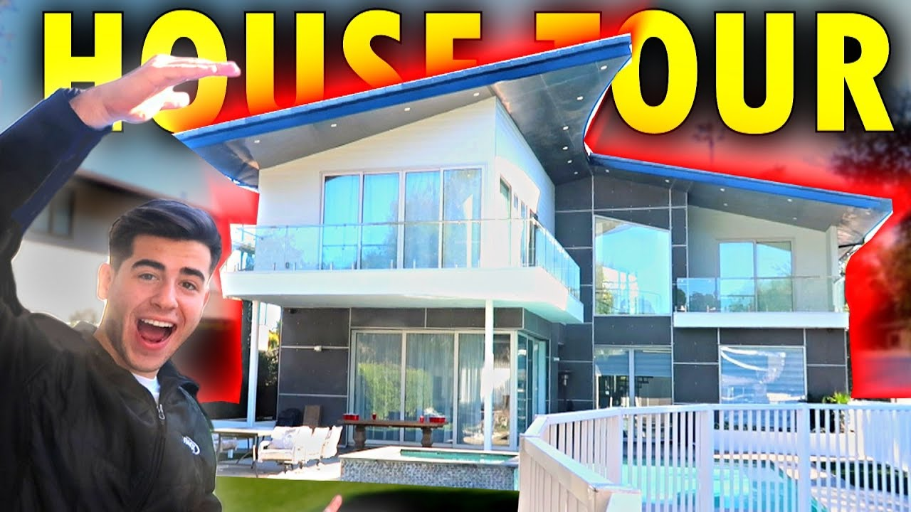 EXCLUSIVE TOUR OF MY NEW HOUSE!