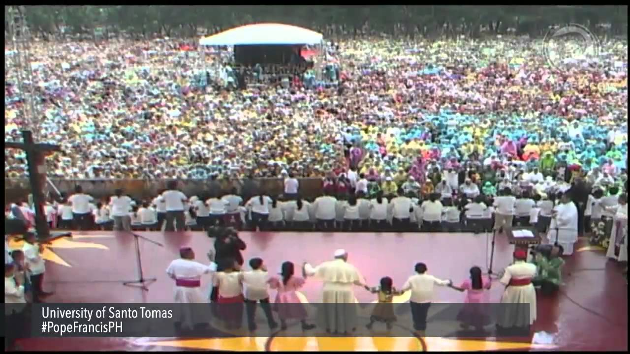 Pope Francis joins Filipinos singing 'Tell the World of His Love'