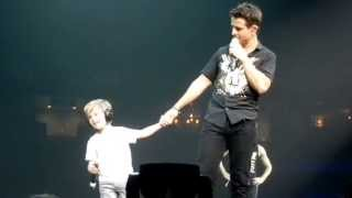 Joey McIntyre and Griffin singing Tonight on July 7, 2013