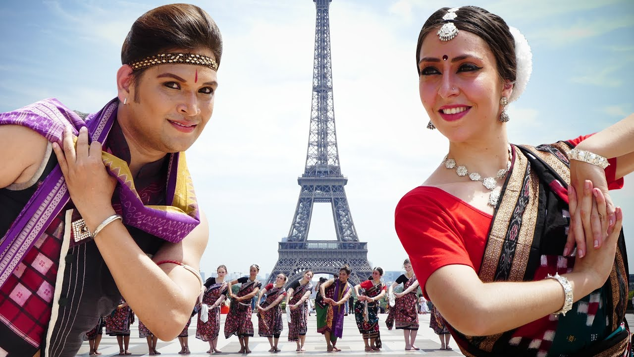 Sambalpuri dance at the Eiffel Tower (Paris, France) | Rasarkeli Bo