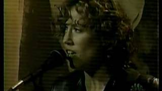 "Sheryl Crow ""My Favorite Mistake"" - live - acoustic - with Tim Smith - meet her parents"