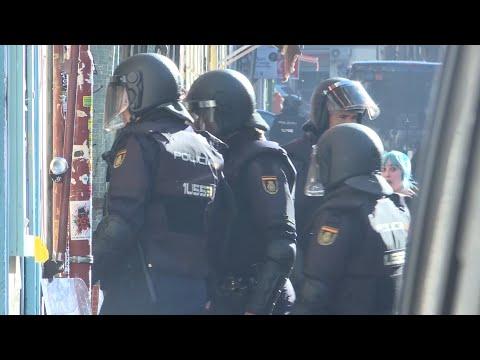 VIDEO: Tensión en Lavapiés por el desahucio de cuatro familias - 22 Febrero