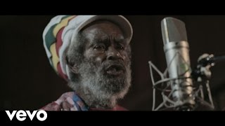 Tiken Jah Fakoly - One Step Forward ft. Max Romeo