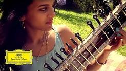 Anoushka Shankar & Norah Jones – Traces Of You